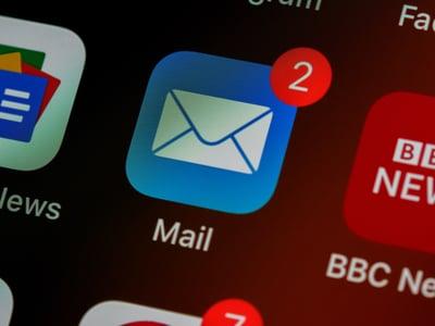 Email marketing ios 15