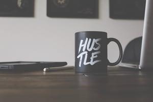 lost-co-178990-unsplash hustle mug marketing agency