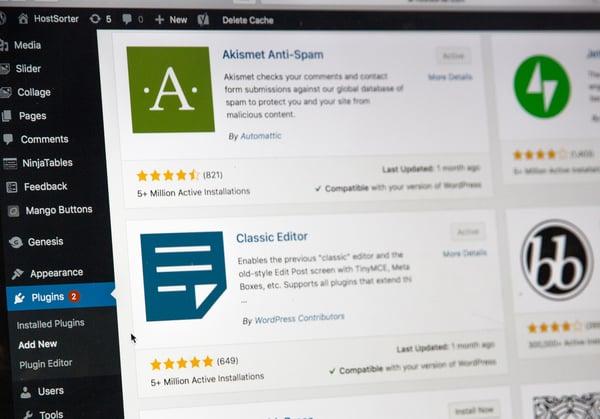 mejores plugins de WordPress como akismet